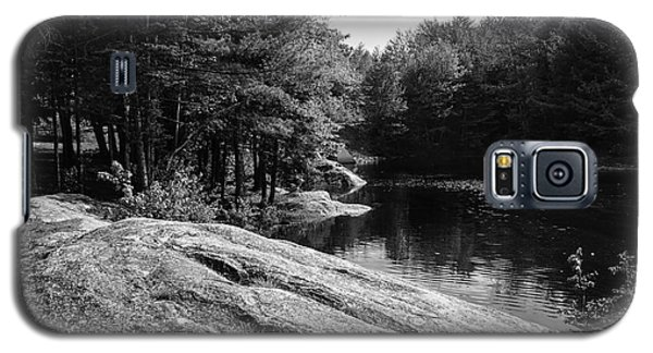 Galaxy S5 Case featuring the photograph Pondside by Mark Myhaver