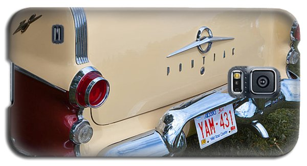 Galaxy S5 Case featuring the photograph Pontiac Classic Car by Mick Flynn
