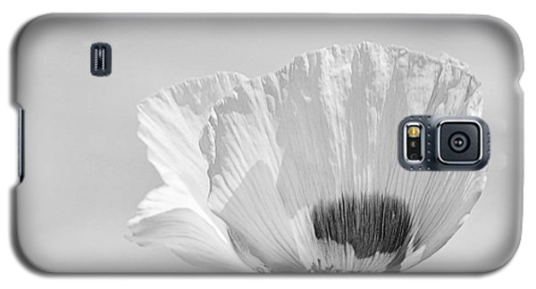 Galaxy S5 Case featuring the photograph Poppy In White by Ludwig Keck