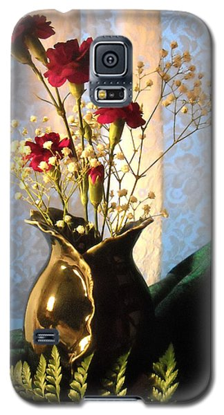 Porcelain Petal Vase 1 With Carnations Galaxy S5 Case
