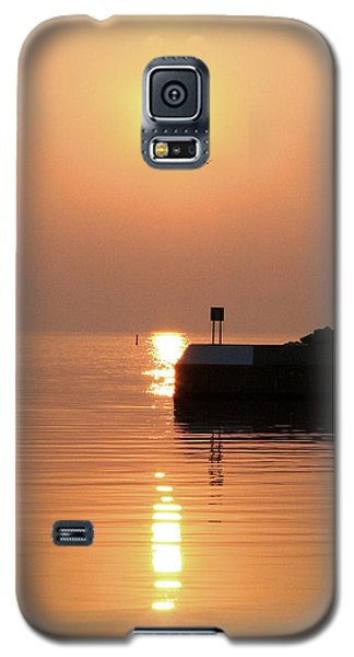 Galaxy S5 Case featuring the photograph Port Elgin by The Art Of Marilyn Ridoutt-Greene