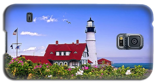 Portland Head Light And Roses Galaxy S5 Case by Mitchell R Grosky