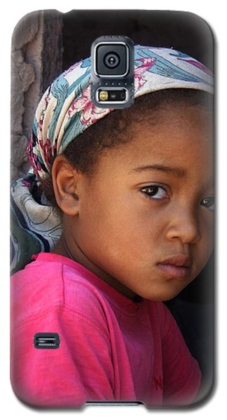 Portrait Of A Berber Girl Galaxy S5 Case by Ralph A  Ledergerber-Photography