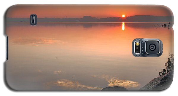 Galaxy S5 Case featuring the photograph Potomac Sunrise by Steven Ainsworth