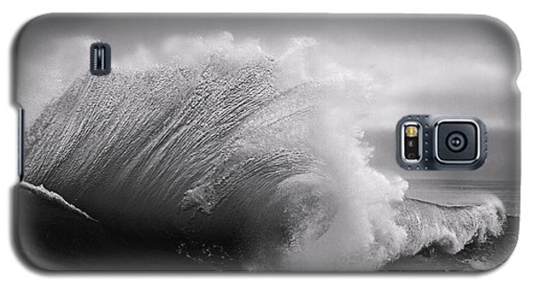Power In The Wave Bw By Denise Dube Galaxy S5 Case