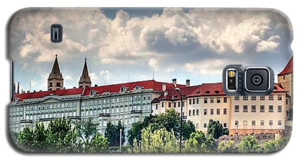 Galaxy S5 Case featuring the photograph Prague Castle by Joe  Ng
