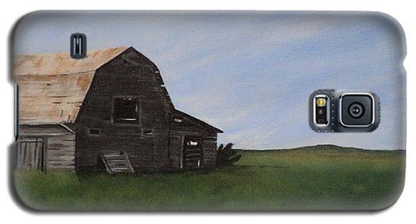 Galaxy S5 Case featuring the painting Prairie Barn by Jesslyn Fraser