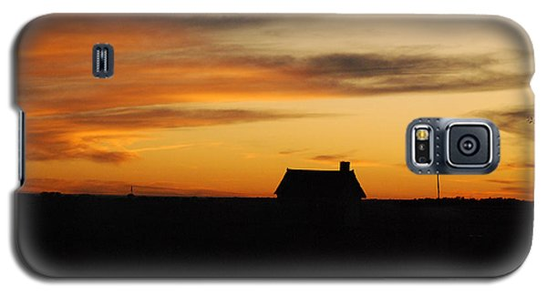 Galaxy S5 Case featuring the photograph Prairie Sunset by Mary Carol Story