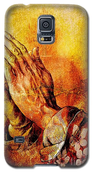 Praying Hands With Sacred Heart Galaxy S5 Case