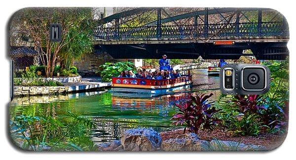 Galaxy S5 Case featuring the photograph Presa Street Bridge Over Riverwalk by Ricardo J Ruiz de Porras