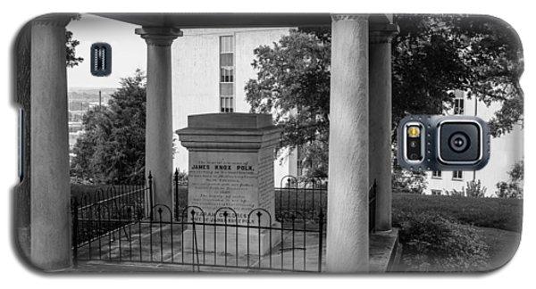 Galaxy S5 Case featuring the photograph President James K Polk Tomb by Robert Hebert