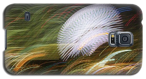 Galaxy S5 Case featuring the photograph Pretty Little Cosmo - 1 by Larry Knipfing