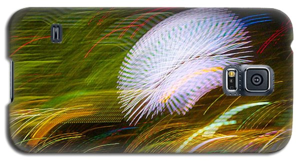 Galaxy S5 Case featuring the photograph Pretty Little Cosmo - 3 by Larry Knipfing