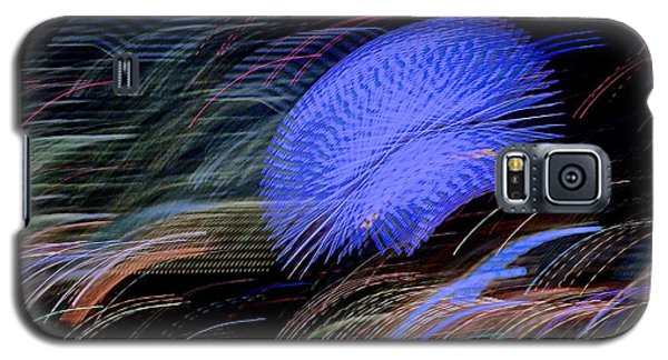 Galaxy S5 Case featuring the photograph Pretty Little Cosmo - 5 by Larry Knipfing