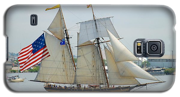 Pride Of Baltimore II Passing By Fort Mchenry Galaxy S5 Case by Mark Dodd