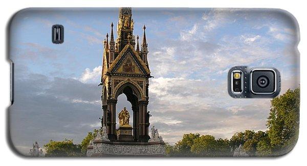 Galaxy S5 Case featuring the photograph Prince Albert Memorial by Bev Conover