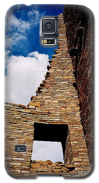 Galaxy S5 Case featuring the photograph Pueblo Bonito New Mexico by Jacqueline M Lewis