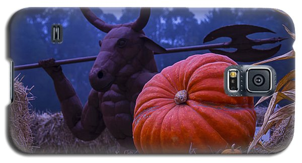 Pumpkin And Minotaur Galaxy S5 Case