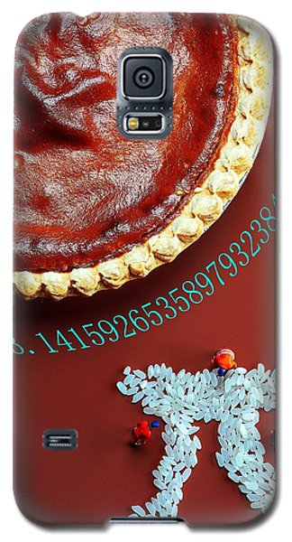 Galaxy S5 Case featuring the photograph Pumpkin Pie And Pi Food Physics by Paul Ge