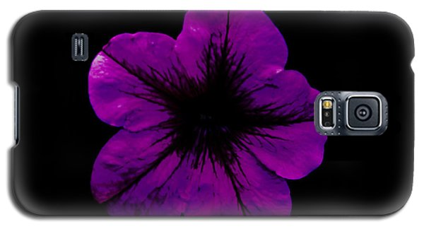 Galaxy S5 Case featuring the photograph Purple Geranium by Scott Lyons