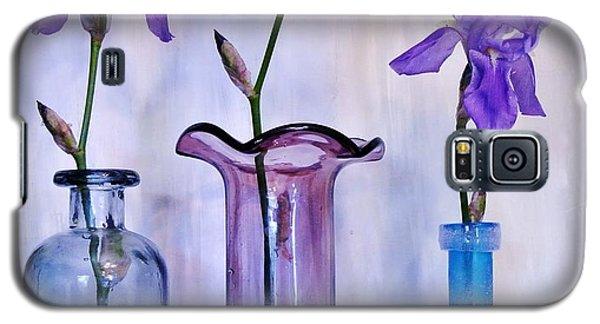 Purple Irises In Vases Galaxy S5 Case