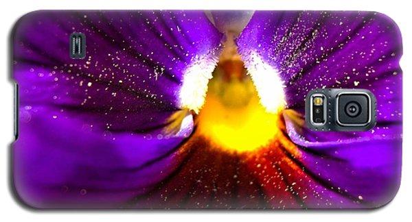 Purple Pansy Detail Galaxy S5 Case