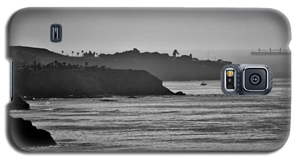 Galaxy S5 Case featuring the photograph Pv Shoreline by Joseph Hollingsworth