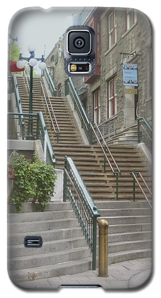 quaint  street scene  photograph THE BREAKNECK STAIRS of QUEBEC CITY   Galaxy S5 Case by Ann Powell