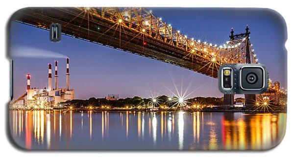 Galaxy S5 Case featuring the photograph Queensboro Bridge by Mihai Andritoiu