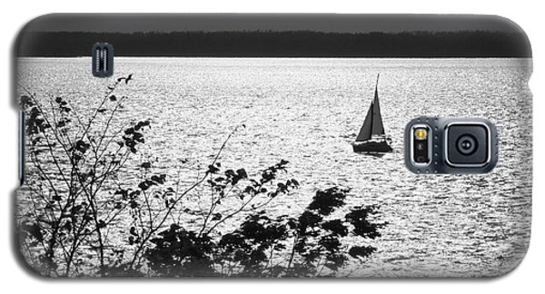 Galaxy S5 Case featuring the photograph Quick Silver - Sailboat On Lake Barkley by Jane Eleanor Nicholas