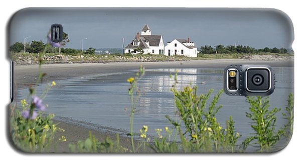Quiet Beach Nahant Galaxy S5 Case by Barbara McDevitt