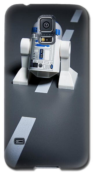 Star Wars Galaxy S5 Case - R2-d2 by Samuel Whitton