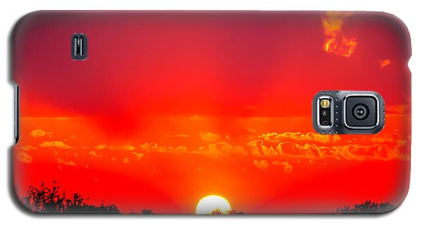 Galaxy S5 Case featuring the photograph Radiant Sunset by Dee Dee  Whittle