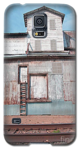 Railroad To The Past Galaxy S5 Case by Minnie Lippiatt