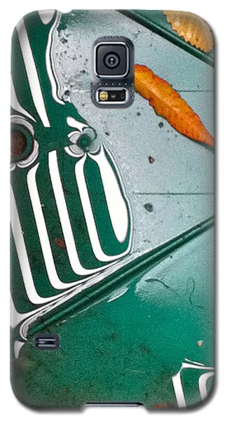 Galaxy S5 Case featuring the photograph Rain Reflections by Bill Owen