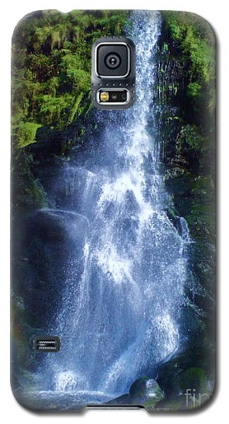 Galaxy S5 Case featuring the photograph Rainbow Falls by John Williams