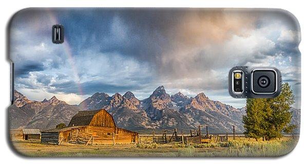 Rainbow On Moulton Barn - Horizontal - Grand Teton National Park Galaxy S5 Case