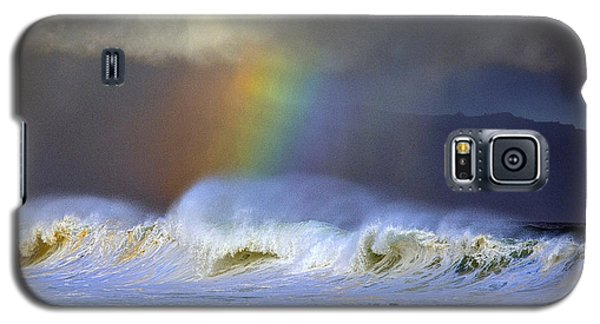 Galaxy S5 Case featuring the photograph Rainbow On The Banzai Pipeline At The North Shore Of Oahu by Aloha Art