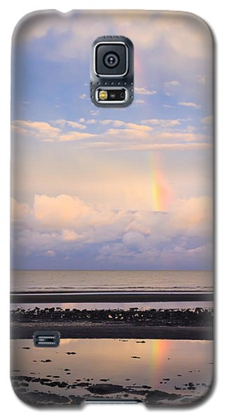 Galaxy S5 Case featuring the photograph Rainbow Over Bramble Bay by Peta Thames