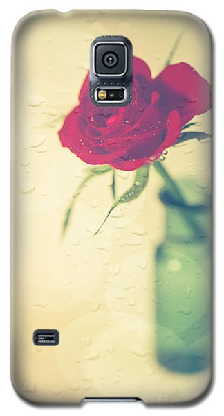 Raindrops On Roses . . . Galaxy S5 Case