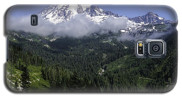 Rainier And Clouds Galaxy S5 Case