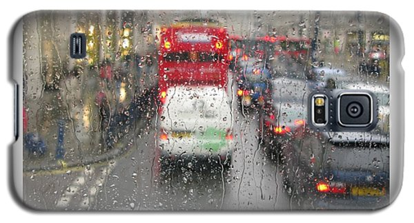 Galaxy S5 Case featuring the photograph Rainy Day London Traffic by Ann Horn