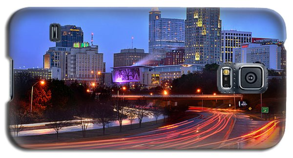 Raleigh Skyline At Dusk Evening Color Evening Panorama North Carolina Nc Galaxy S5 Case by Jon Holiday