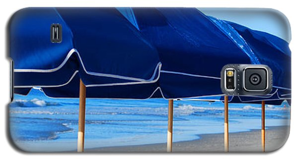 Galaxy S5 Case featuring the photograph Ready Set Sun by Linda Mesibov