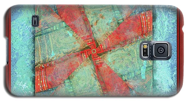 Galaxy S5 Case featuring the photograph Ready To Begin by Barbara MacPhail