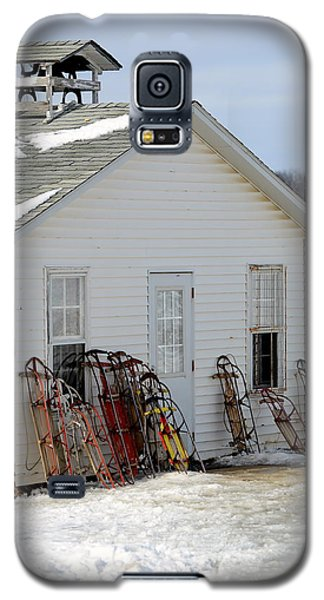 Galaxy S5 Case featuring the photograph Ready To Ride by Linda Mishler