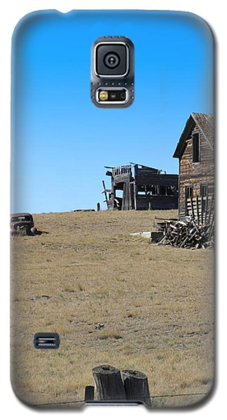 Real Estate On The Open Plain Galaxy S5 Case by Kathleen Scanlan