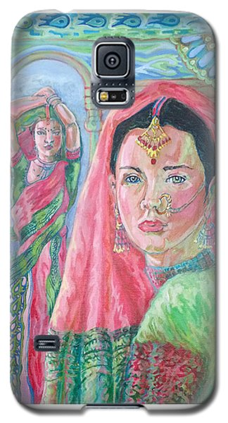 Galaxy S5 Case featuring the painting Red And Green by Suzanne Silvir