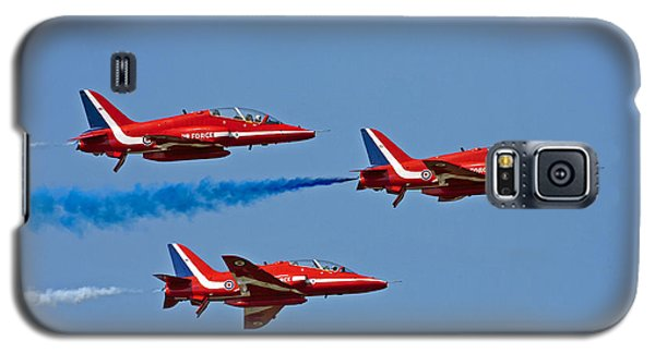Galaxy S5 Case featuring the photograph Red Arrows by Paul Scoullar