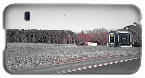 Red Barn  Galaxy S5 Case by Amazing Photographs AKA Christian Wilson